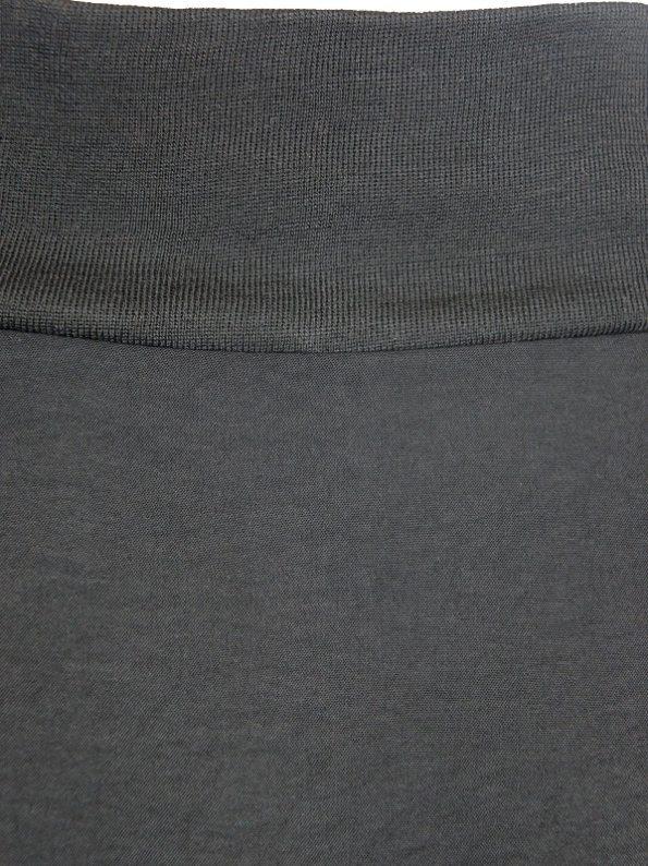 Erre Flex Summer Sweater Black Neckline
