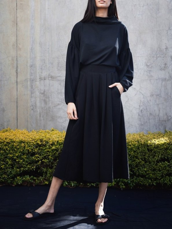 Erre Flow Culottes Black with Flex Sweater Front