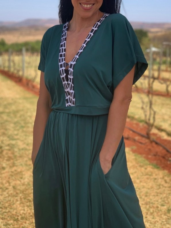 African Style Story Green Maxi Dress Black & White Trim Crop