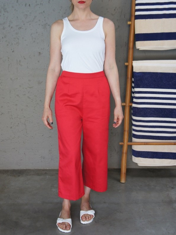 JMVB White Tank Top with Red Culotte Front