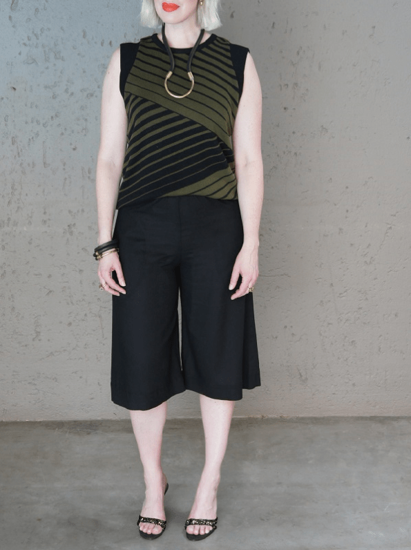 Romaria Olive Tank Top with Idv Culottes PNG
