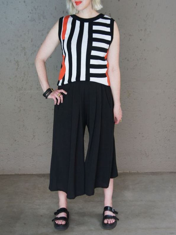 Romaria Pacgirl Sleeveless Top with Black Culottes Front