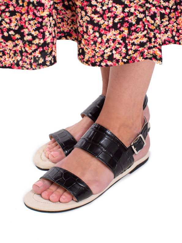 House of Cinnamon Angela Sandal Black Model