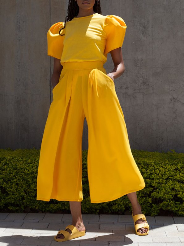 Erre Silhouette T-shirt with Flow Culottes yellow