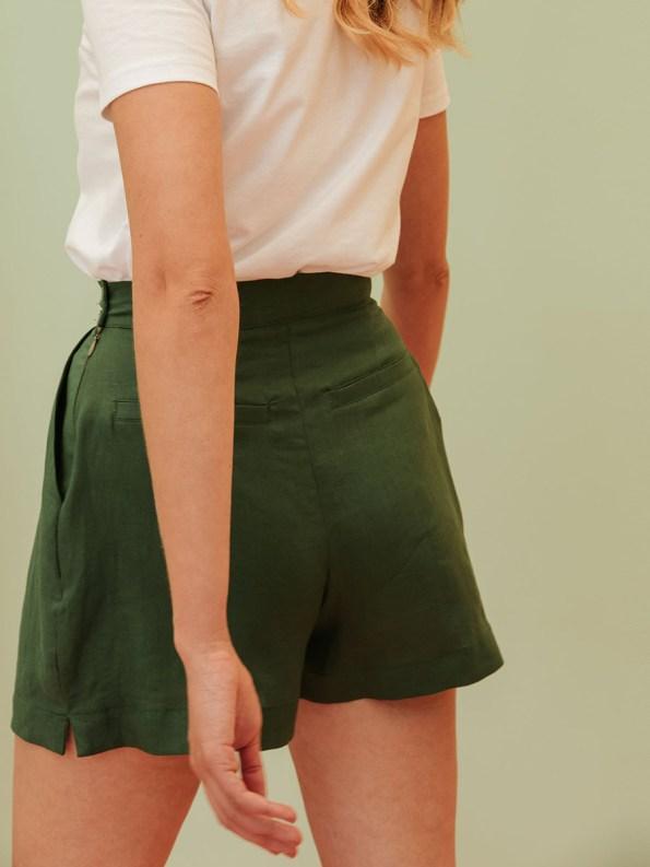 Good Gardening Shorts Green Linen Blend Back