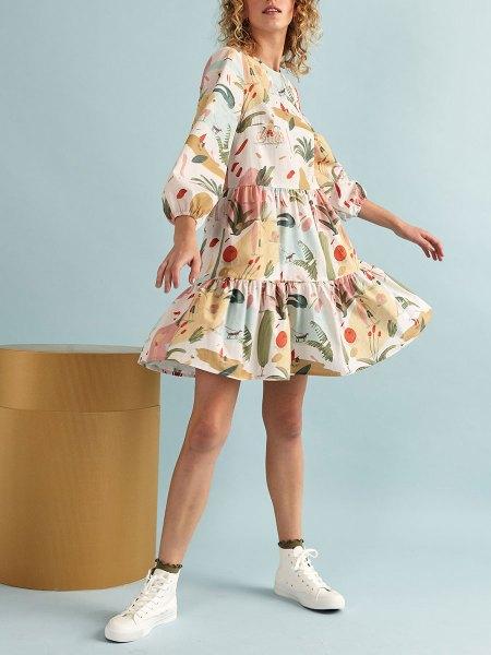 Kirsten Sims Art on short dress