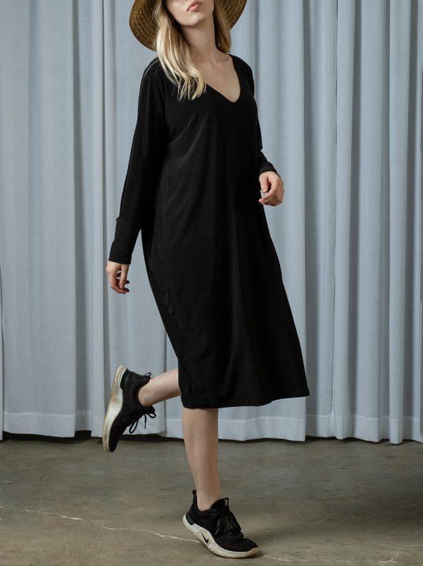 IDV Cocoon Dress Black 2