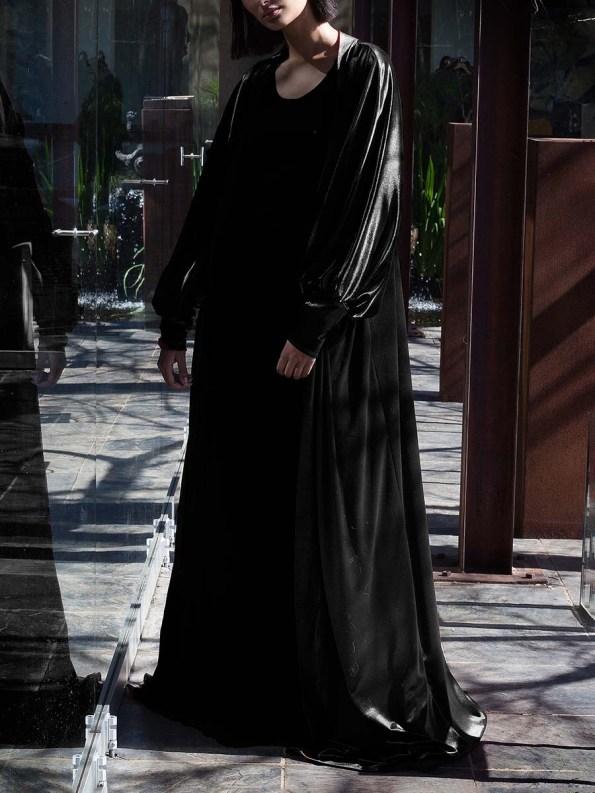 Erre Velvet Robe Black 4