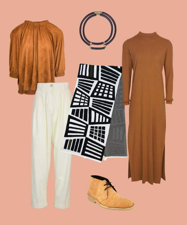 Outfit with geometric knitted wrap