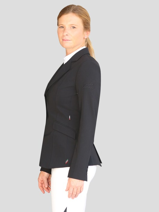 WOMEN'S SHOW JACKET WITH OUTLINE LOGO IN X-COOL 1