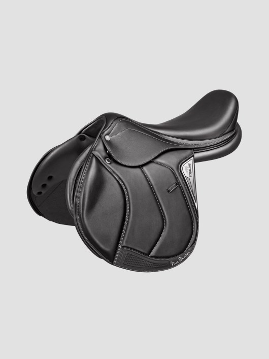 Nick Skelton Signature Saddle 1