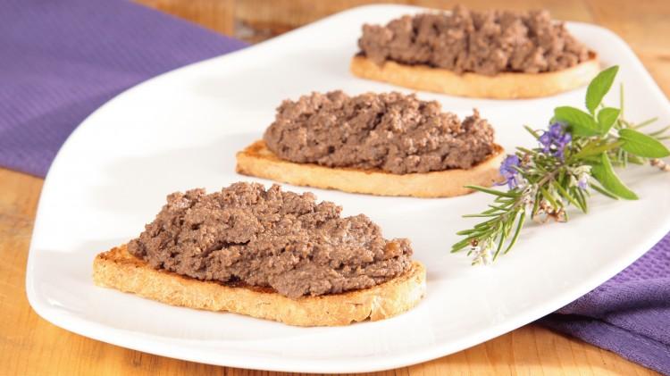 Crostini con carne