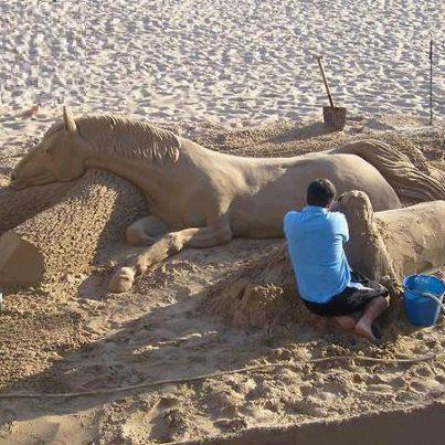 Horse sand art