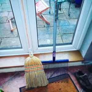 rubber matting fork & corn broom