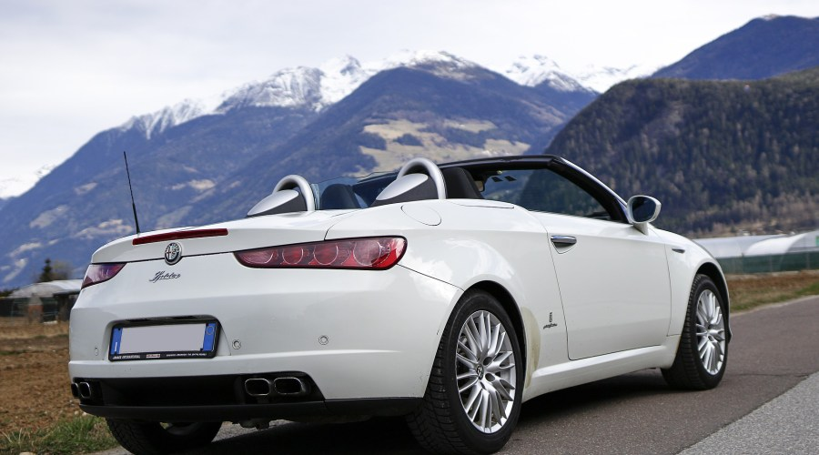 Simple Guide to Convertible Car Rental Services