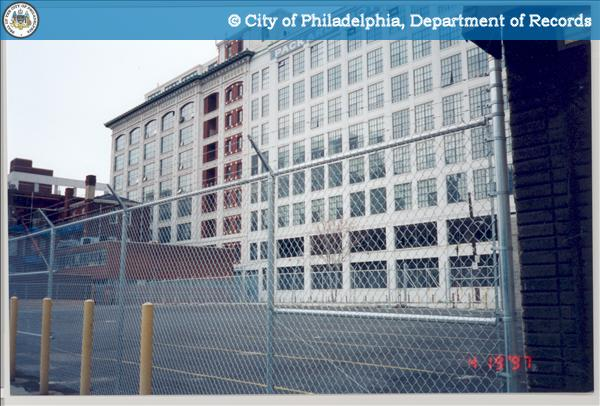[Side view] Project:315 - 321 North Broad Street - Packard Motor Corporation Building.