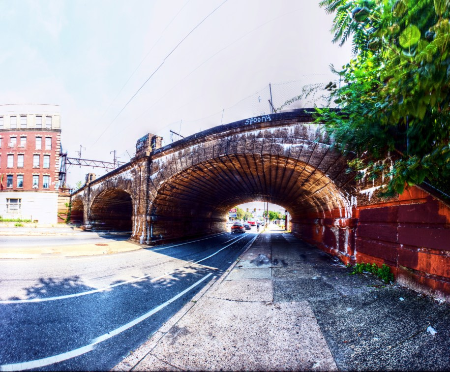 Panorama 2368_blended_fused_pregamma_1_mantiuk06_contrast_mapping_0.1_saturation_factor_0.8_detail_factor_1