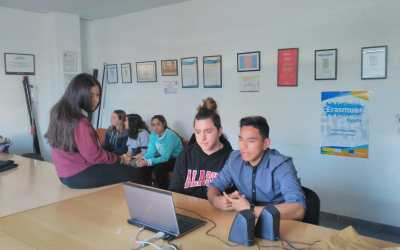 Campaña por el buen trato: videoconferencia del proyecto KA229 Conviviendo con-vivencia