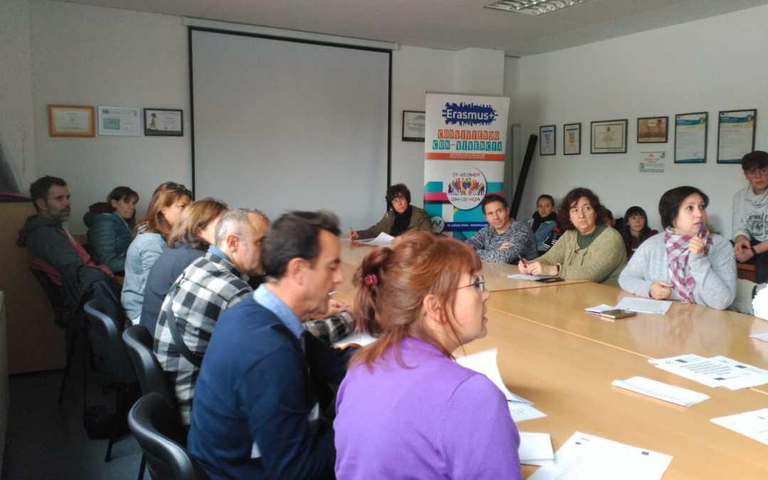 Reunión con familias tras el  proceso selectivo del proyecto KA229 Conviviendo con-vivencia