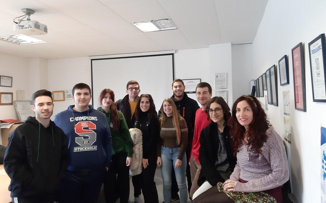 Segunda reunión de seguimiento con el alumnado de grado superior beneficiario de movilidades para el Proyecto KA103