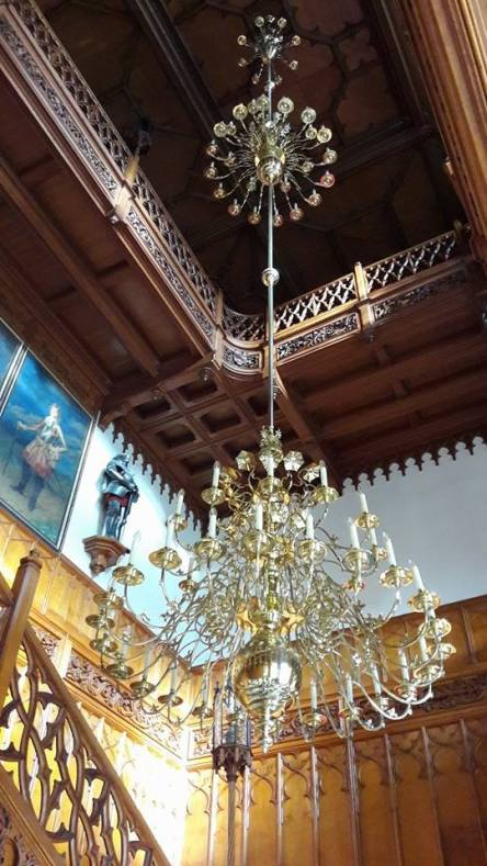 The Chandelier at the entrance of the Lednice Chateau measure 15 meters of height and weighs 700 kilos