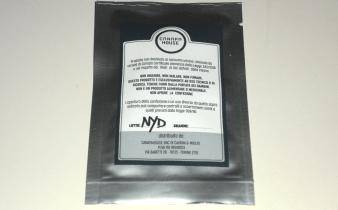 Bustina argentata di canapa legale New York Diesel