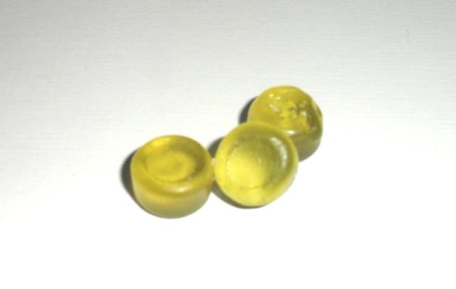 Caramelle gommose al gusto di canapa