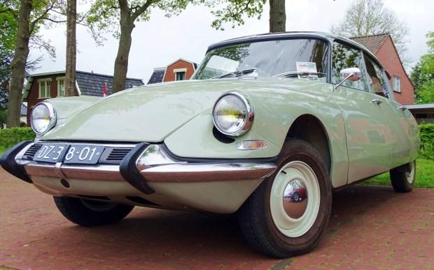 klassieke auto zuidhorn