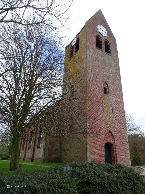 Nicolaaskerk (Kloosterburen) bj 13e eeuw
