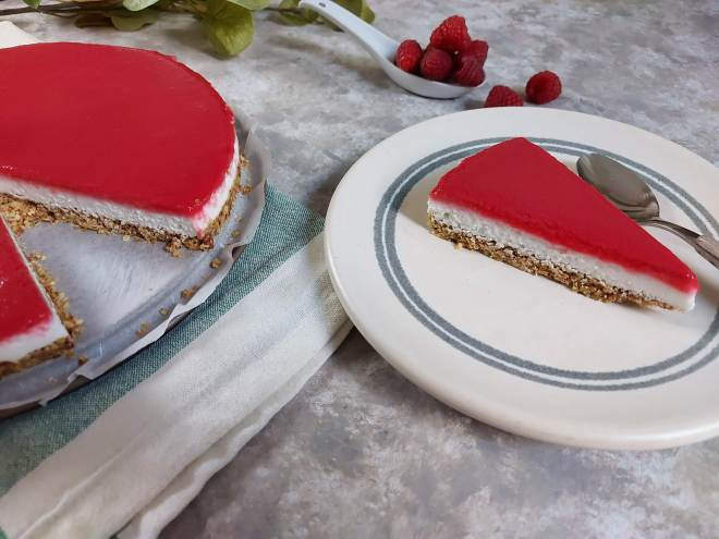 cheesecake vegan cu zmeura