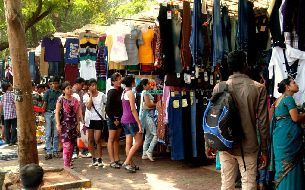 Top Five Iconic Shopping Bazaar Of Mumbai India Tourism