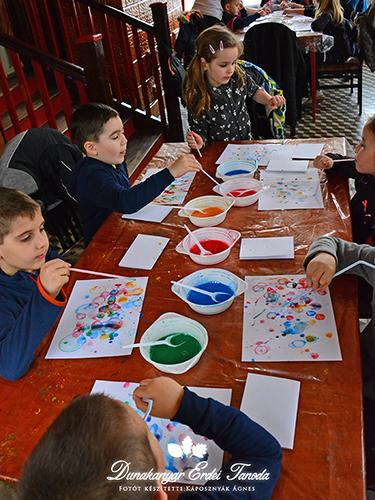 Buborékfestés az ovisokkal Erdei iskola