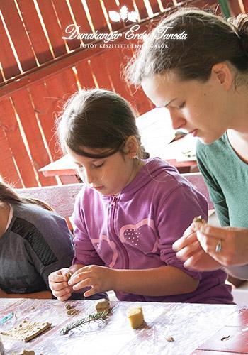 Kézműves foglalkozás Agyagozás Erdei iskola