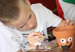 Kézműves foglalkozás Fűfej festés Erdei iskola