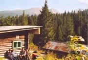 Turistaház a hegyoldalban