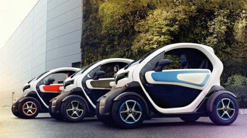 Есть надежда, что владельцев электромобилей и гибридов в ЕАЭС освободят от уплаты дорожного сбора