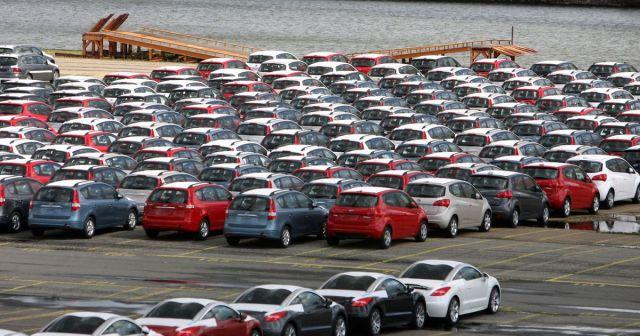 Министерство Финансов Болгарии предложило поднять налоги на старые авто
