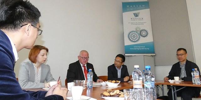 Делегация из города Фошань из провинции Гуандун в Китае посетила офис Торгово-Промышленной Палаты Варшавы