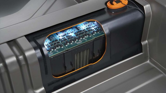 SuperBattery для электромобиля: зарядка за 15 секунд
