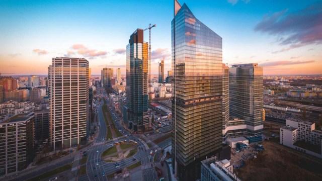 Новый небоскреб введён в эксплуатацию в Варшаве