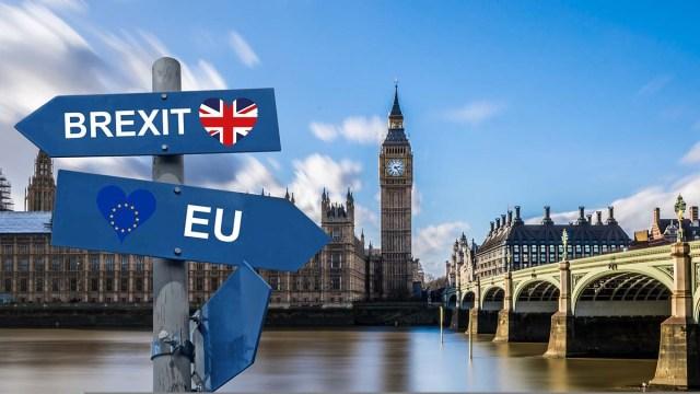 Еврокомиссия направила уведомление Великобритании по теме Brexit