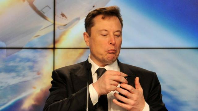 Илон Маск зарегистрировал фирму в Польше
