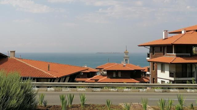 На побережье Болгарии растет количество сделок с недвижимостью