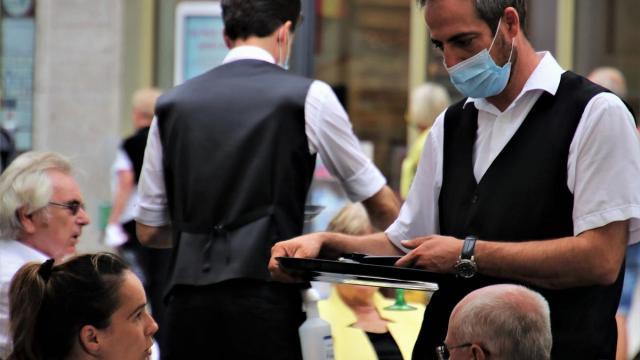 Ресторан в Варшаве будет впускать только вакцинированных или переболевших
