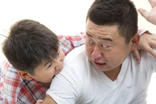 Si tu hijo muerde es necesario que tomes precauciones