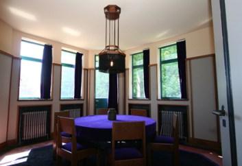 De commissiekamer in het Raadhuis van Usquert (Foto Vereniging Hendrick de Keyser)(1)