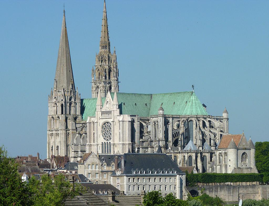 1024px-Notre_Dame_de_Chartres.jpg?ssl=1