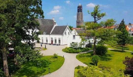 De tuinen van Grand Hotel Karel V in Utrecht
