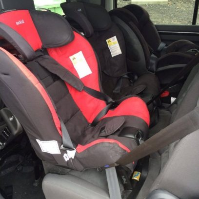 VW Touran (2015). 2x Axkid Minikid and a Hauck Varioguard (isofix.) Car has three individual seats so easy to fit three across.
