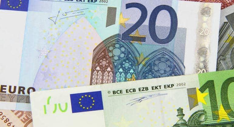 Επίδομα 534 ευρώ: Ξεκίνησε η καταβολή των χρημάτων 51